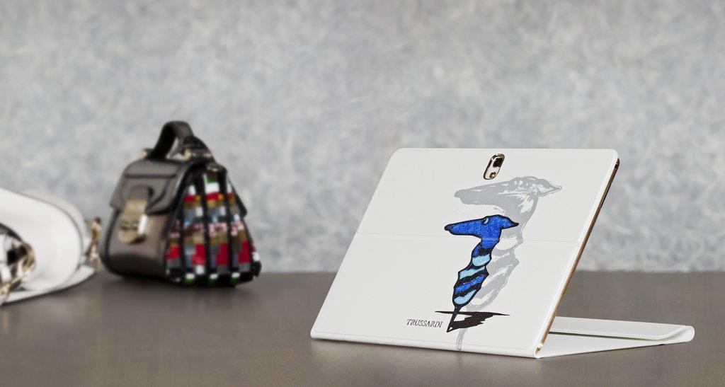 Trussardi Per Samsung Cover Tablet Smartphone Marchio