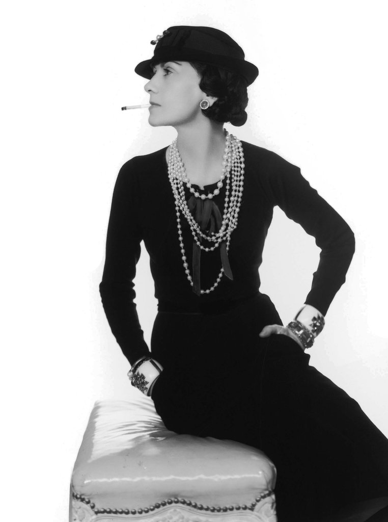 Costumi Carnevale Moda 2015 Martedì Grasso Coco Chanel Karl Lagerfeld Twiggy Marilyn Monroe Audrey Hepburn Fashion