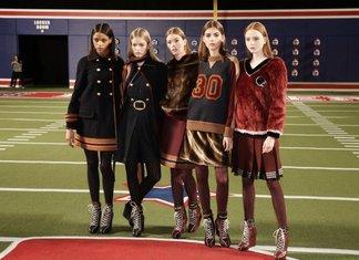 NY Fashion Week 2015 Collezione Autunno Inverno 2016 Abbigliamento Donna Lacoste Tommy Hilfiger