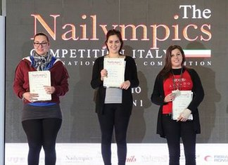 Nailympics 2015 Monik's Nails Seconda Classificata Categoria Stiletto Olimpiadi Nail Art