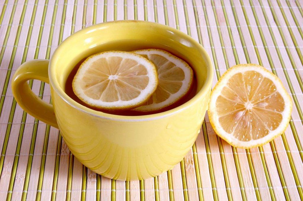 Acqua e Limone Sette Motivi Berla Ogni Mattina Fa Bene 2015