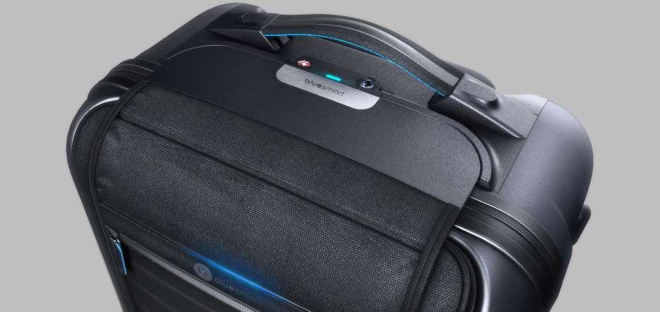 Bluesmart-la-valigia-che-si-pesa-da-sola-tessuto