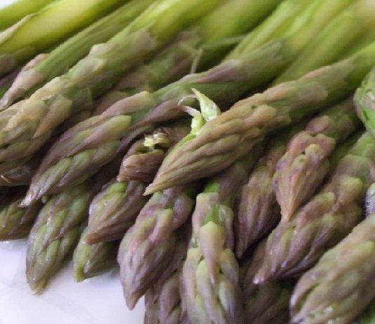 Gli-effetti-benefici-degli-asparagi
