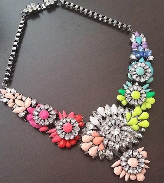 collane-gioiello-colors