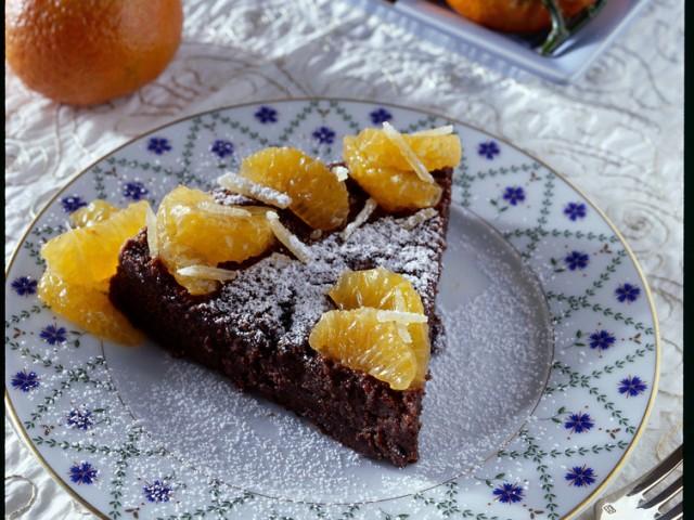torta-ai-2-cioccolati-e-mandarini-640x480
