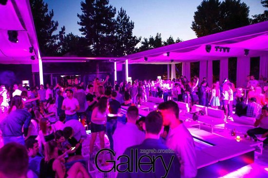 gallery-club
