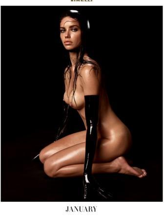 Calendario Modelle.Calendario Pirelli 2015 Foto Modelle Curve Sexy Provocanti
