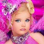Bambine Trattamenti Bellezza Moda Usa America Concorsi Trucchi Esagerazione