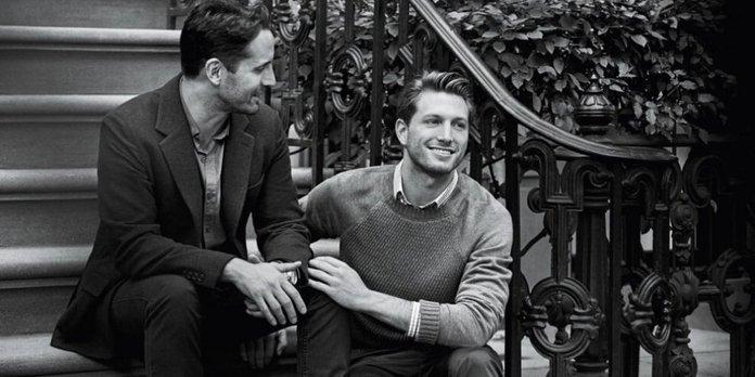 Coppia Gay Per Tiffany Testimonial Campagna Brand Anelli Collane