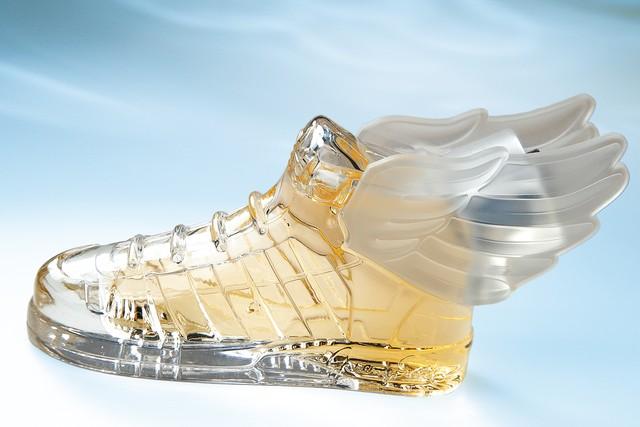 Jeremy Scott x Adidas Originals Profumo Collezione Limitata Ali Sneakers Fragranza
