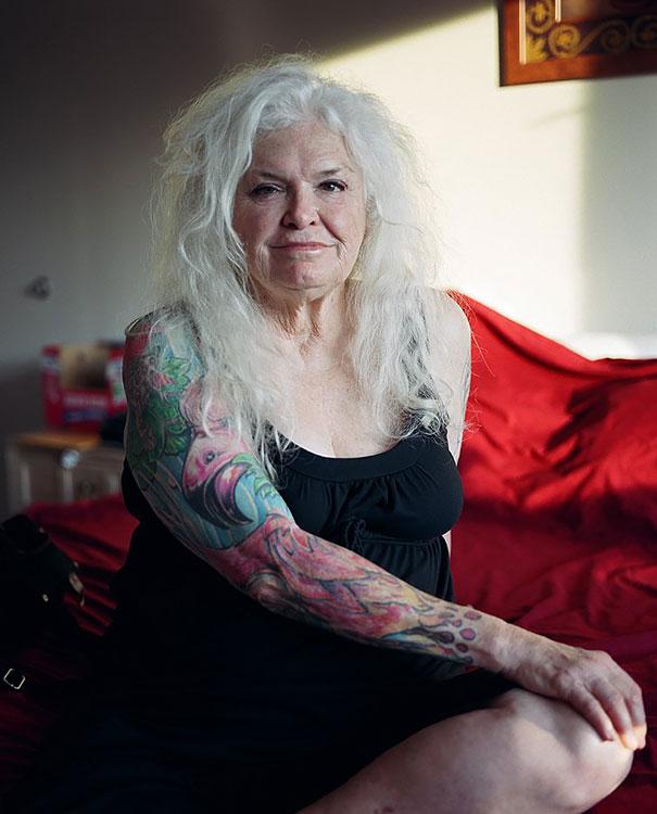 Anziani Tatuati Tattoo Eta 60 70 80 Anni Cambiamenti Corpo Angelo