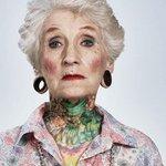 Anziani Tatuati Tattoo Eta 60 70 80 Anni Cambiamenti Corpo Piercing