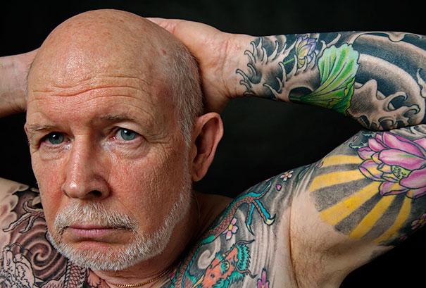 Anziani Tatuati Tattoo Eta 60 70 80 Anni Cambiamenti Corpo Uomini