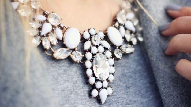 collane-gioiello-denim