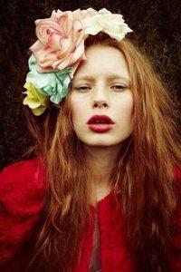 fiori-nei-capelli-maxi-fiori