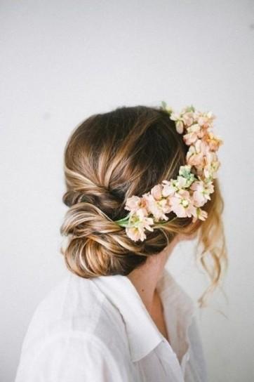fiori-nei-capelli-lillà