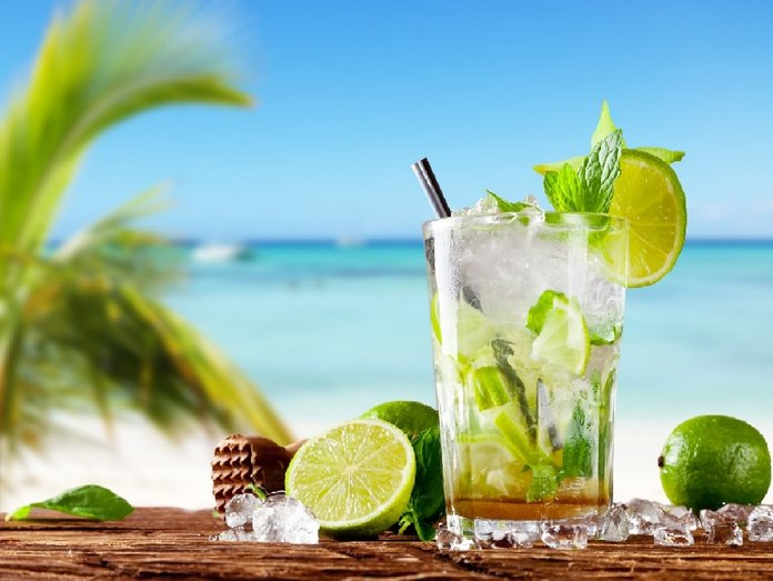 ricetta-originale-mojito-fresh-mojito-cocktail-in-glass